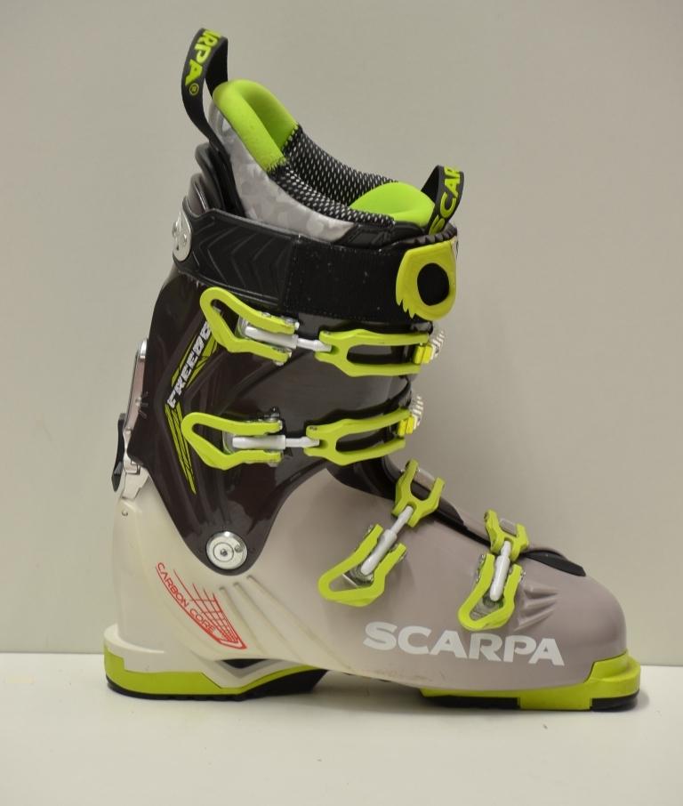 Scarpa sítúra cipő
